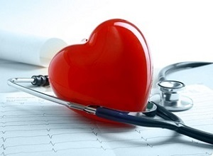 сердце и стетоскоп